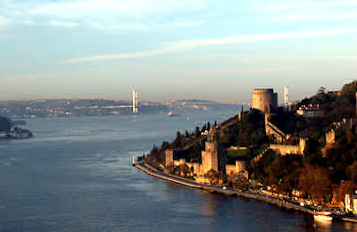 Bosphorus - Source : http://www.trekearth.com/members/tayfur/